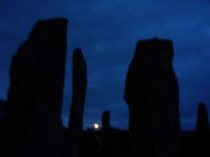callanish.moonrise550
